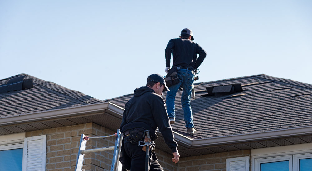How to Find Out if A Roofer is Insured and Licensed